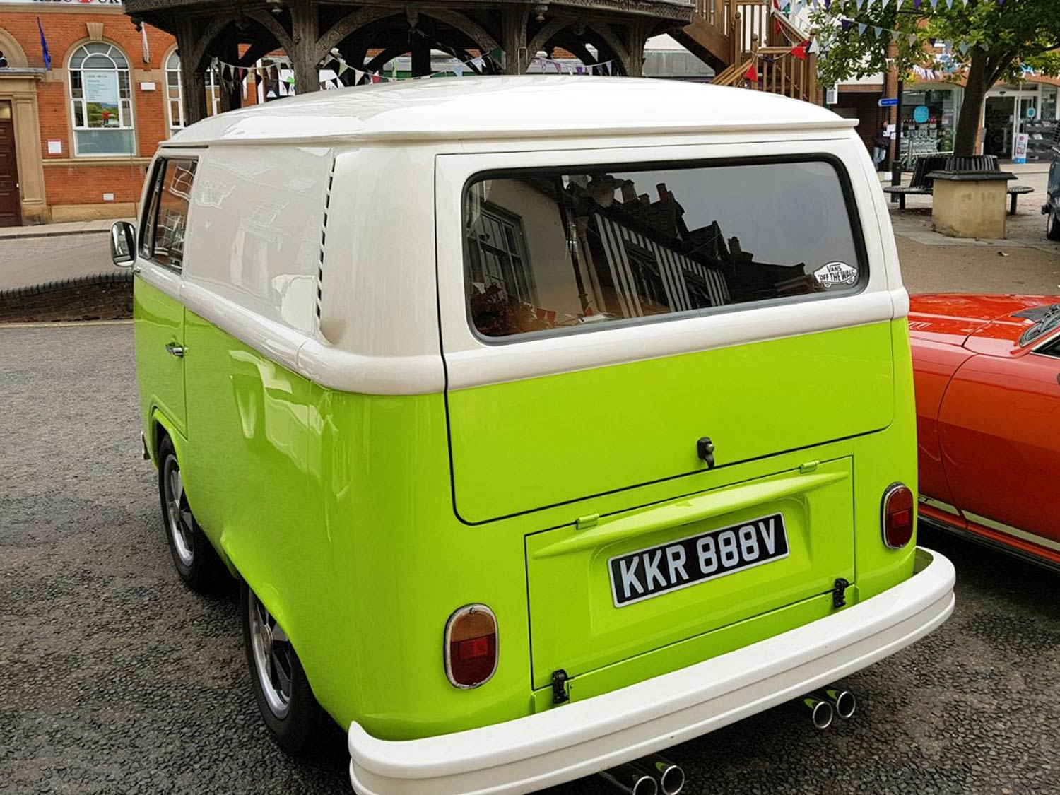 Lime Green VW Shortie Picture 2